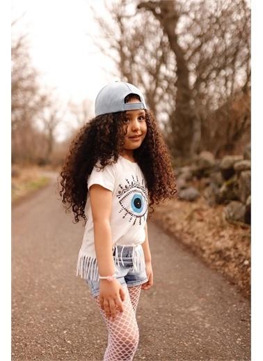 Hilal Akıncı Kids Kiz Çocuk Püsküllü Taş Detayli T-Shirt Kot Şort Şapka Fıle Çorap Dörtlü Takim Beyaz